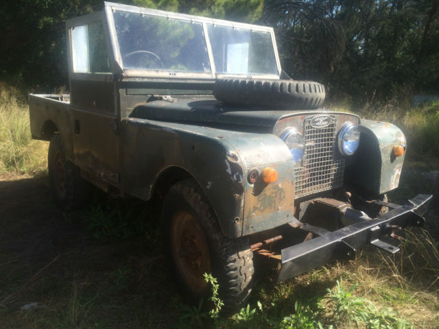 "Land Rover Series 1 88"" 1957 RARE  WITH REAR  WINCH / PTO front .Collectable"