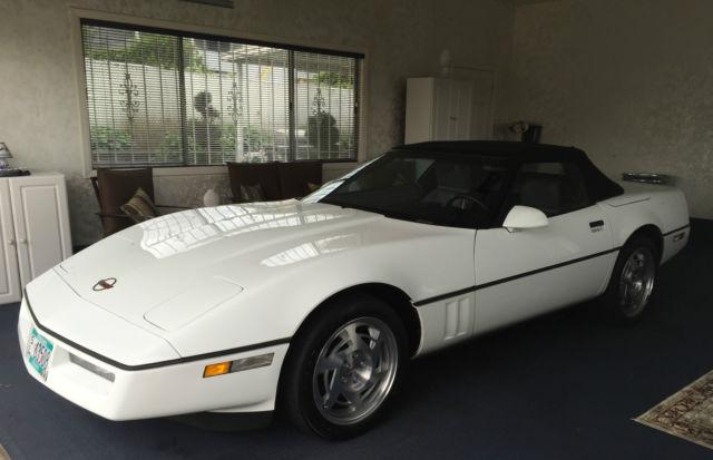 1990 Chevrolet Corvette  1990 Chevrolet Corvette what only 19,000 Miles