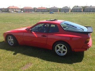 Porsche 944 1982 Red