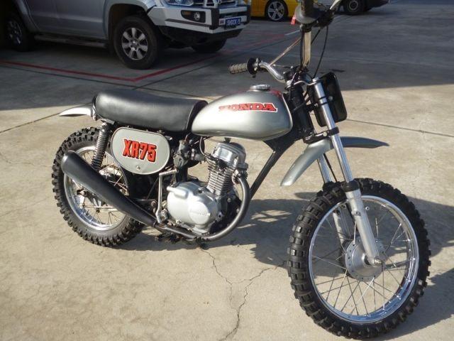 Honda XR75 K0 1973 Silver Fully Restored Motorcross Bike