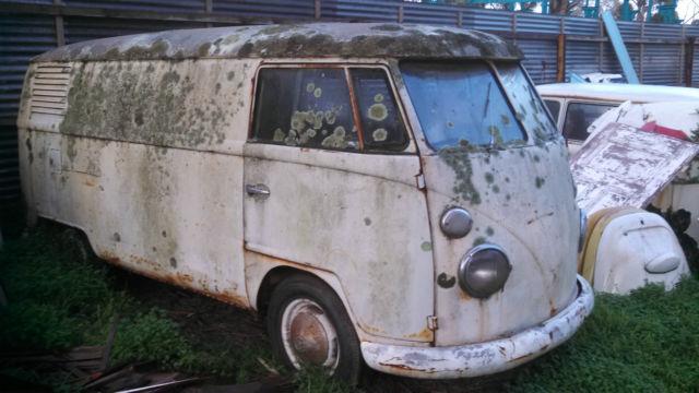 VW split window 1964 Kombi Panel van Volkswagen bus transporter type 2 1500cc
