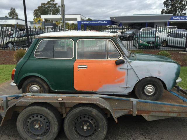 LEYLAND MINI 8/71 1100 NEEDS  A FULL RESTORATION RARE AND COLLECTABLE