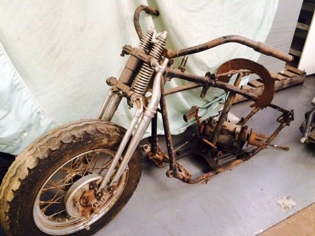 1947 HARLEY DAVIDSON KNUCKLE HEAD MOTORCYCLE (PROJECT BUILD-BASKET CASE)