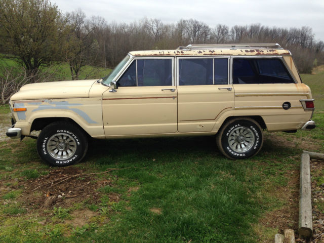 1983 Jeep Grand Wagoneer Limited Good Solid Project
