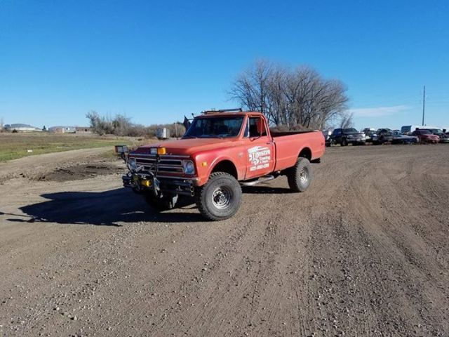 1968 Chevrolet K20 LS 5.3, NEW turbo 350. 4X4. Custom built.37in tires 9ft plow
