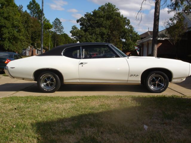 1969 Pontiac GTO	(survivor, numbers matching)