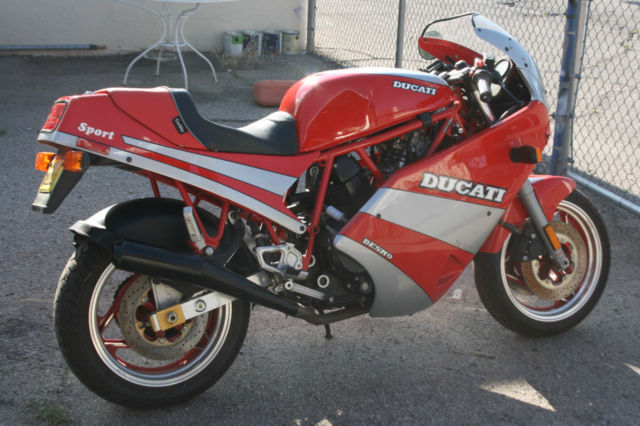 1990 Ducati Supersport