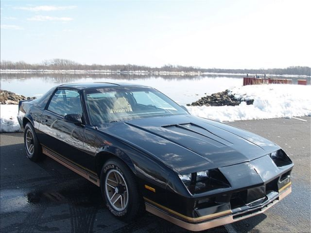1982 Chevrolet Camaro Cross Fire Injection