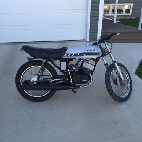 1976 Yamaha RD 200