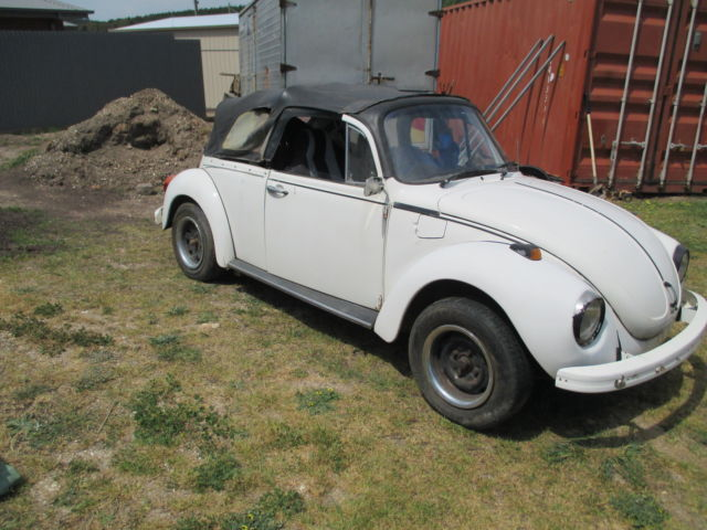 1973 VW Beetle Convertible - runs well!