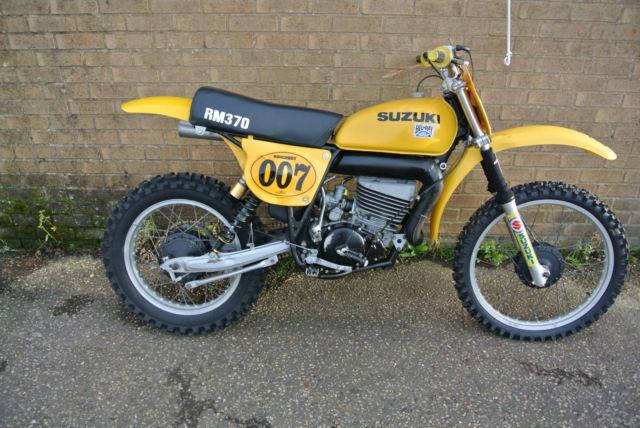 Suzuki RM370 Twinshock 1977 not evo ,lovely classic moto x