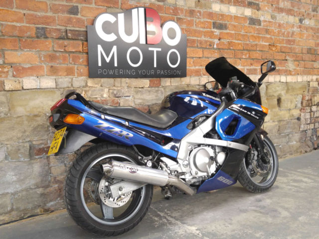 Kawasaki ZZR600 600 D2 1990 H Reg For Sale Huddersfield United