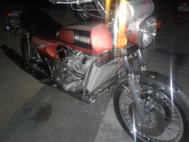 motorcycle 1975 Suzuki re5 rotary motorcycle