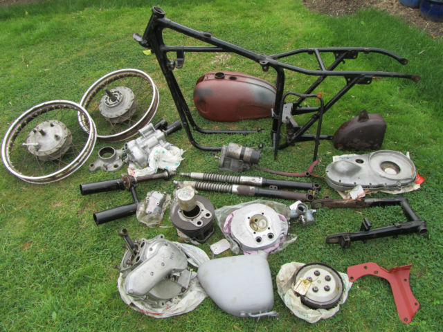 Ariel NH350 Red Hunter Classic Bike Project V5C Two Owner Can Deliver