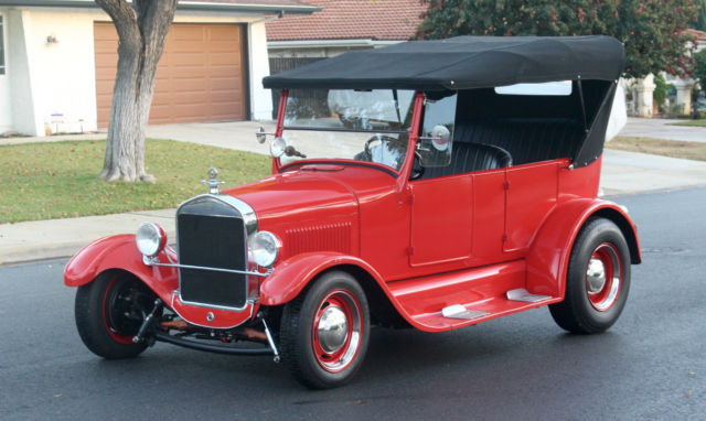 1926 Ford Model T - Street Rod, NO RESERVE  Red California Classic - Touring Car