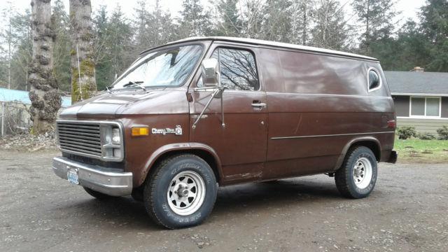 """G10 Shorty Custom """"Carpeted Surfer"""" Conversion Panel Street Van OG paint 128k mi"""
