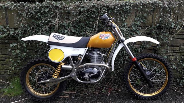 1979 ccm 4 valve   mx bike   twinshock