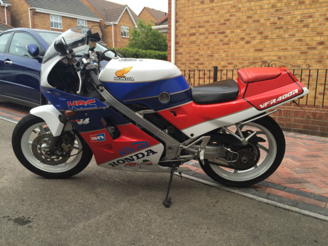 Honda VFR 400R NC24 - 1988 -7,000 Miles -Ex Factory Race - Team Blue Fox Racing