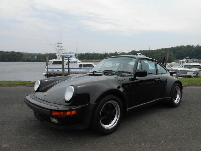 19880000 Porsche 930