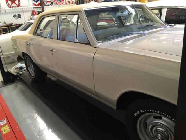 1966 Chevelle 300 4 speed