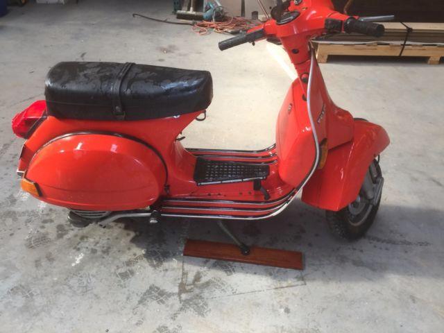 Piaggio 1983 Vespa P200E