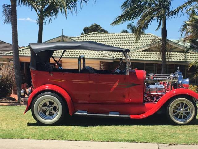 1928 Ford Touring HOT ROD
