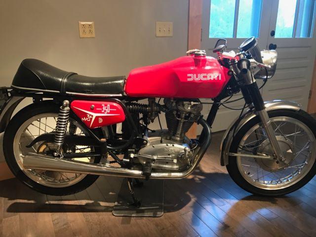 1968 Ducati 350 Mark 3 Desmo - COMPLETE, BEAUTIFUL AND RUNS GREAT!