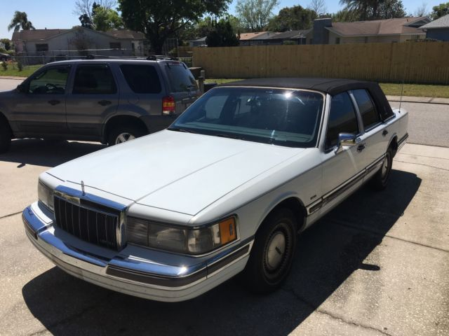 1990 Lincoln Town Car In Florida's West Coast