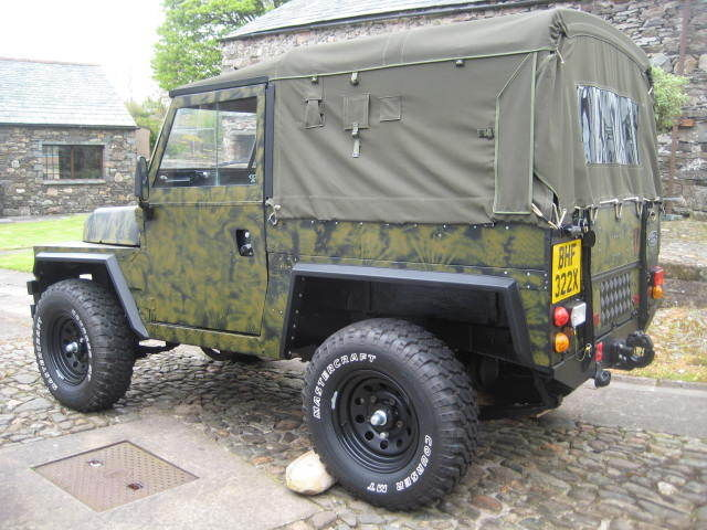 LAND ROVER LIGHTWEIGHT series 3 V8 PERMINANT 4X4