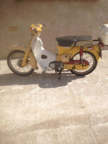 Honda C70 cub moped scooter barn find 50 90 classic vespa 1977 vintage
