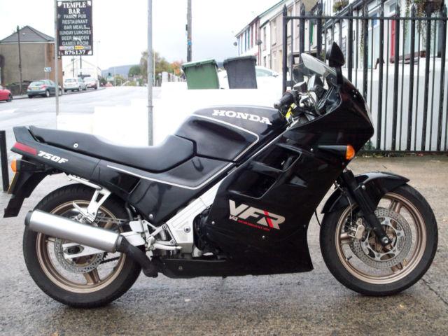Honda VFR750F-K
