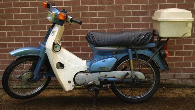 1988 HONDA C90 BLUE