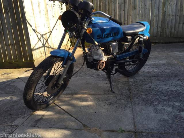 1982 SUZUKI GP125 Classic Bike Project Barn Find Restoration Cafe Racer L@@K