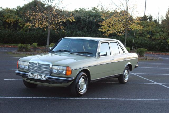 Mercedes 230e Automatic in Lovely Condition