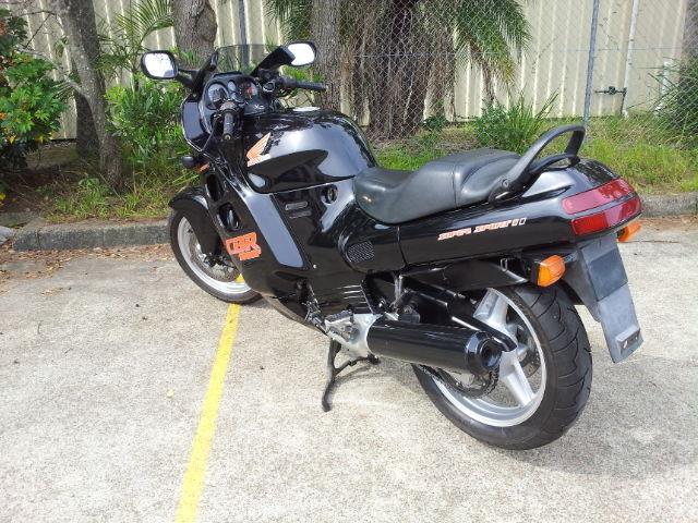 Honda CBR1000 Super Sport