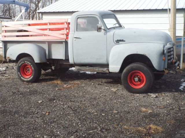 1953 chevy truck[GMC]