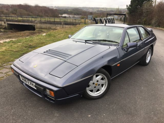 Lotus Excel 2.2 Classic Coupe,Stuuning with only 82,000 miles,Full Lotus History