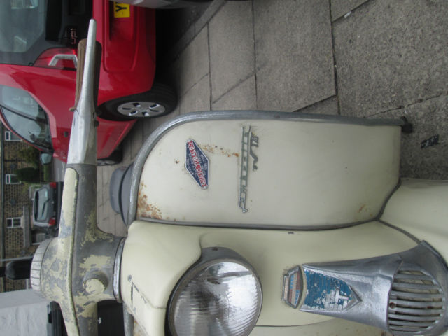 ITALIAN LAMBRETTA TV175 SERIES 1