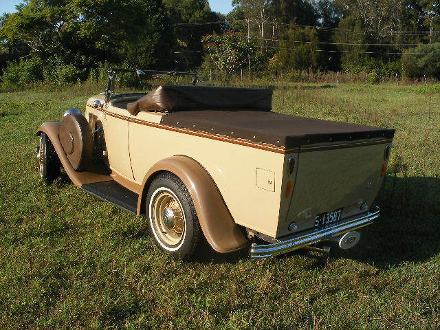 1932 Ford Roadster Utility Hot Rod