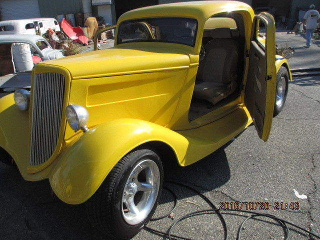 1934 Ford 3-window coupe fiberglass vintage replica For Sale