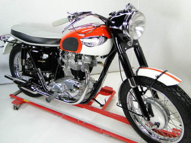 1966 TRIUMPH THUNDERBIRD 6TA ROGER JONES COMPREHENSIVE RESTORATION.