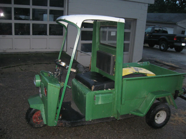 CUSHMAN TRUCKSTER 1960'S RUNS GREAT