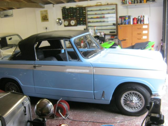 Beautiful Triumph herald convertible, 1967, outstanding example throuhjout.