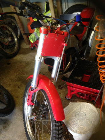 BETA TRIALS BIKE 260 cc ROAD REGISTERED ON A Q PLATE 1990