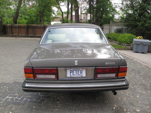 1988 Rolls-Royce Silver Spirit/Spur/Dawn LWB