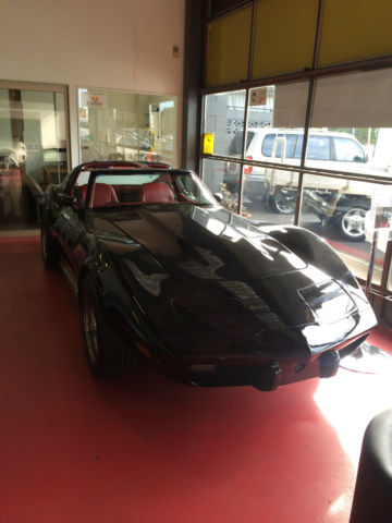 1977 corvette stingray automatic right hand drive