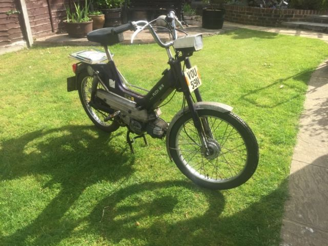 PUCH MAXI S 50CC MOPED RUNNING AND RIDING WITH V5 ALSO SPARES BIKE TWO BIKES