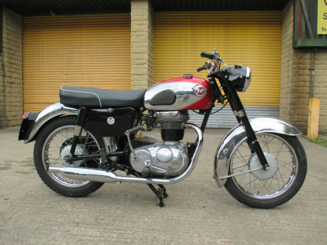 1960 MATCHLESS 250 G2 (CLASSIC/BRITISH BIKE) MOTORCYCLE, MUSEUM QUALITY BIKE