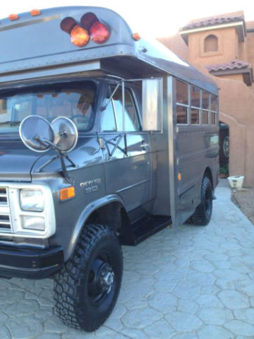 Chevrolet: G30 Mini Bus 4x4