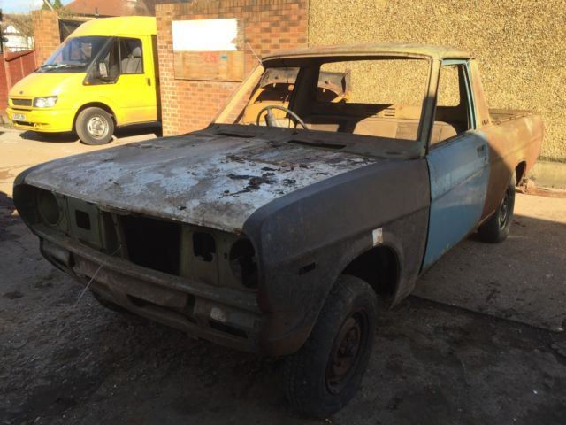 nissan datsun pickup banger raceing project barn find ,only 3 in uk